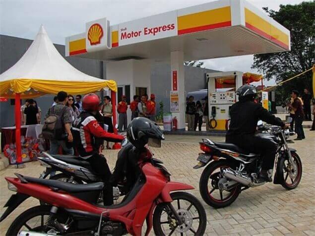 Prva Shell benzinska postaja za dvokotače