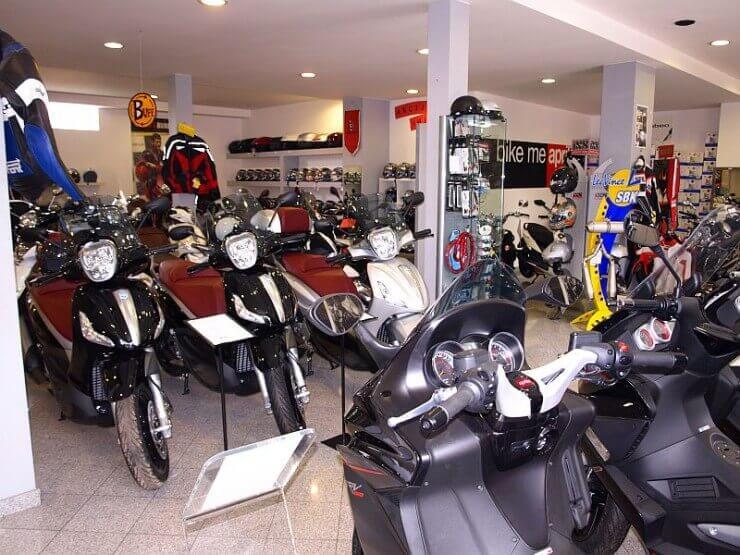 MotoMondo prodajno servisni centar Piaggio grupacije u Zagrebu
