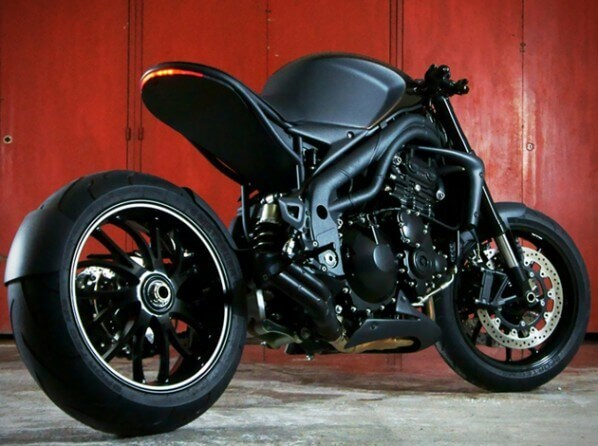 Stealth-Triumph-Speed-Racer-Motorcycle-by-Impoz-3