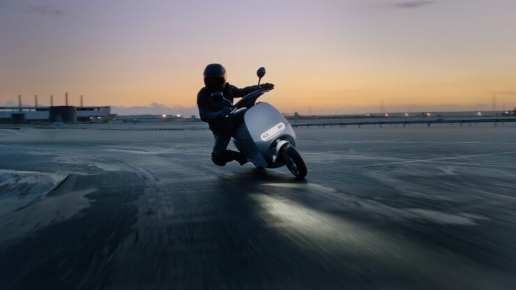 CES2015: Gogoro Smartscooter