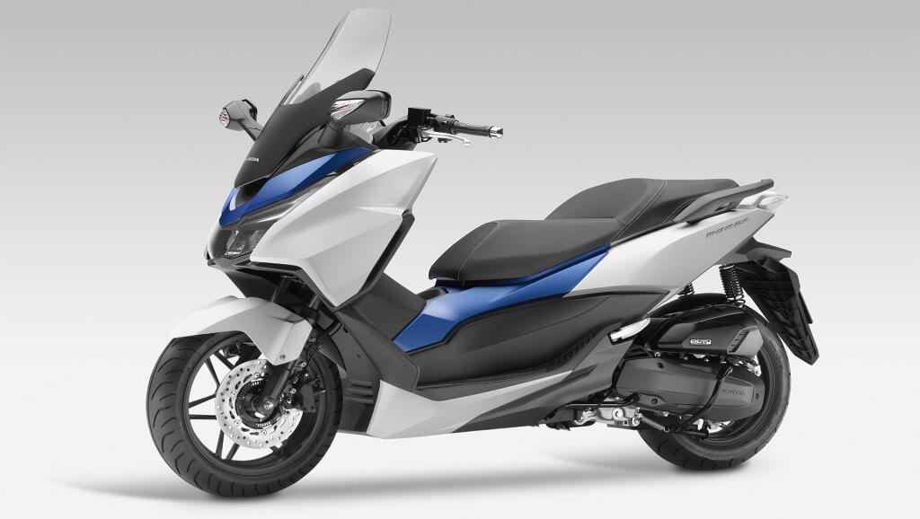 2015-Honda-Forza-125-CC-Photo