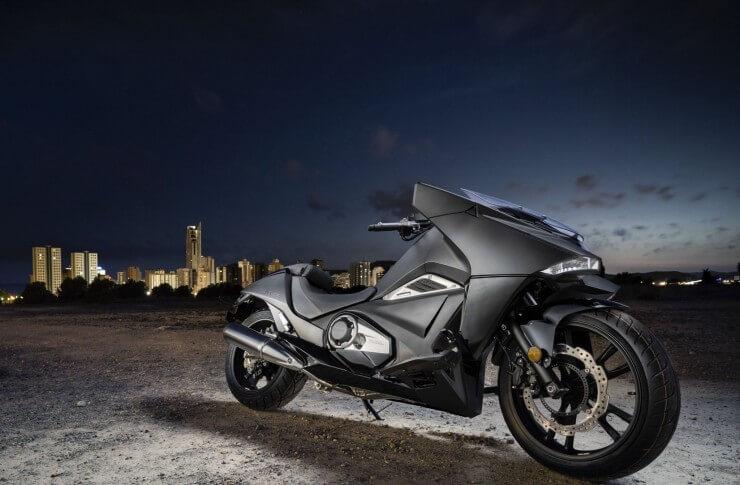 Honda povlači više od 45.000 motora