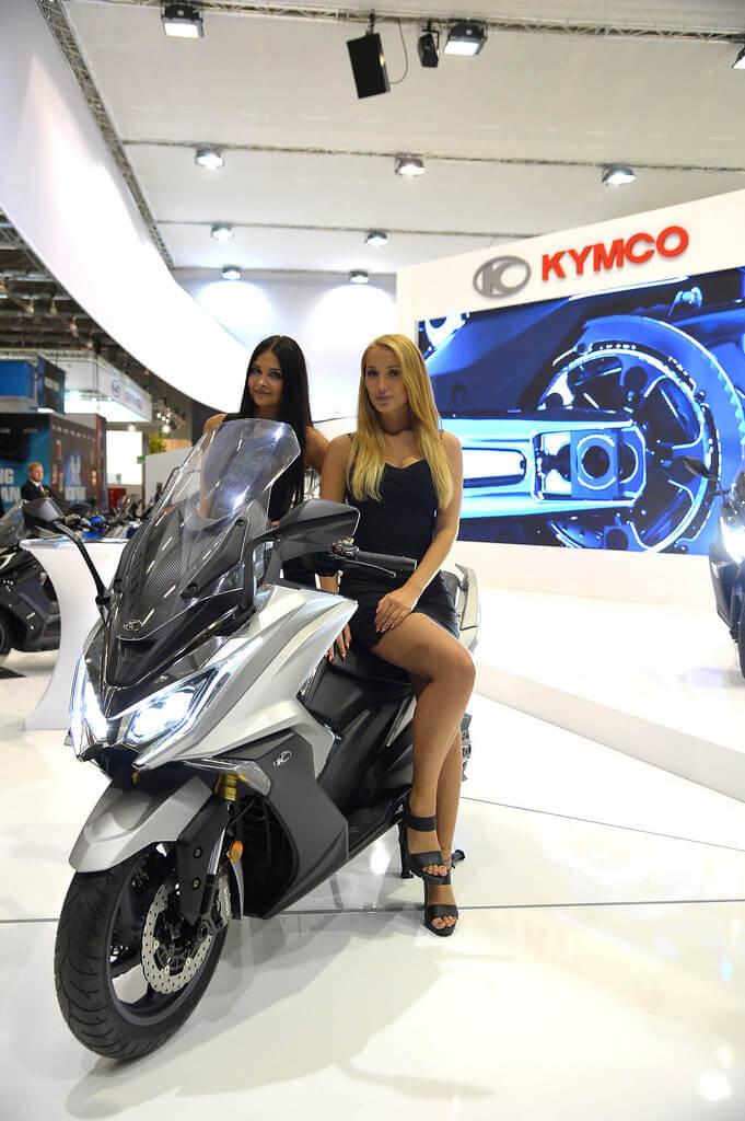 kymco-ak550-2